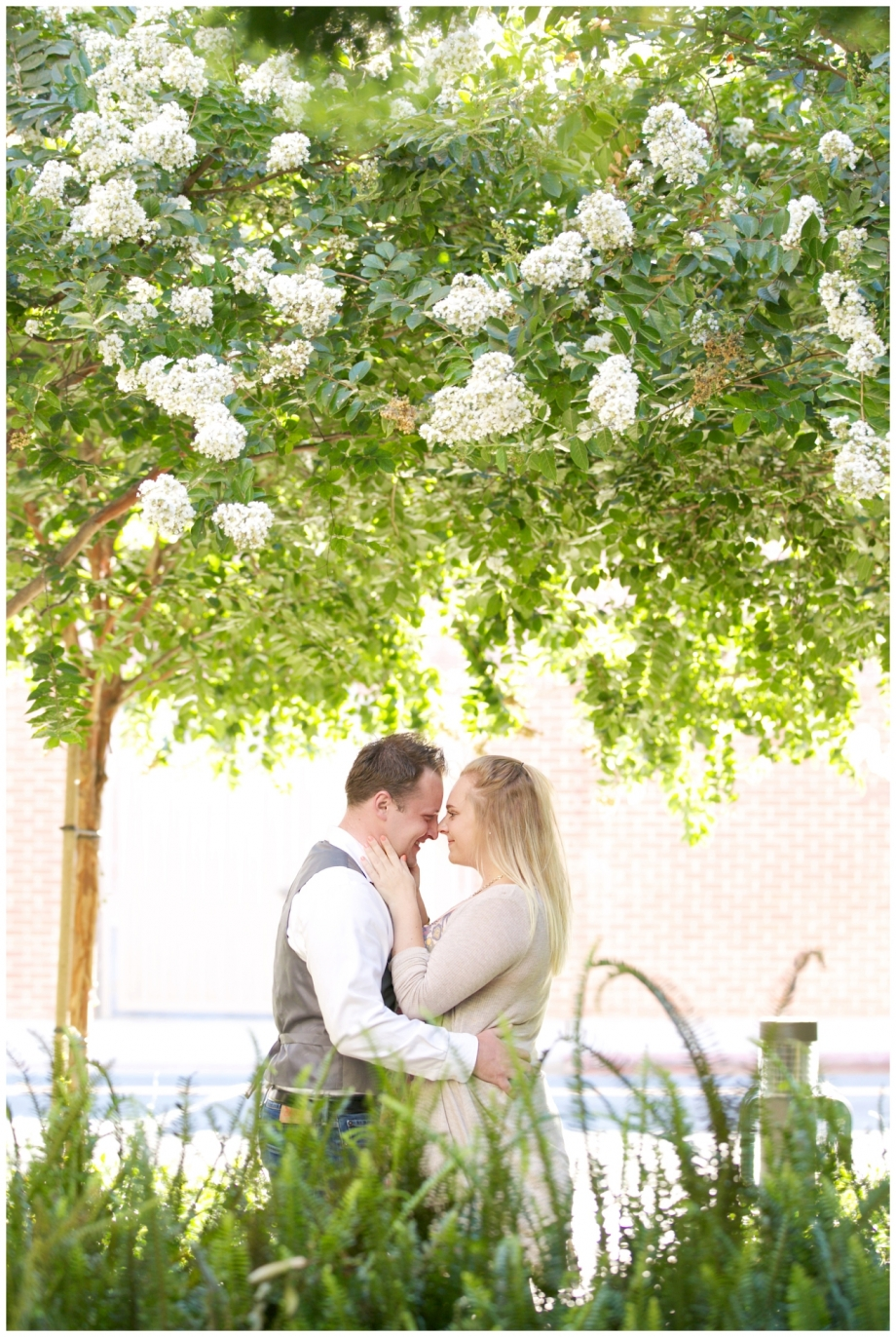 downtown-santa-ana-engagement-photographers-shelby-danielle-photography_1516